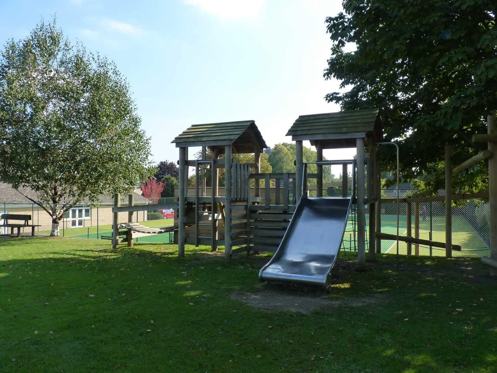 Shipton-under-Wychwood Playground