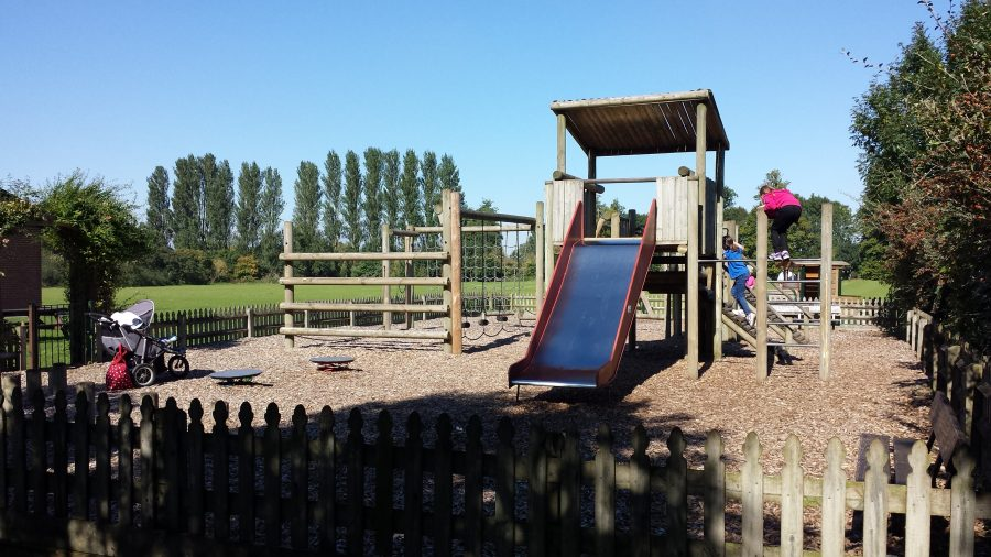 Old Crowmarsh Gifford Recreation Ground Play Area