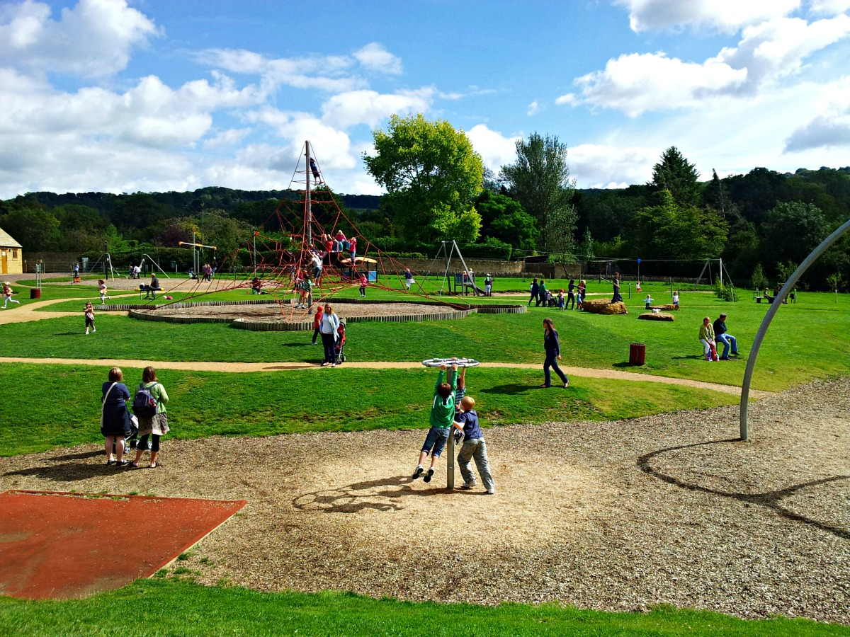 Children S Playgrounds Play Areas And Parks In