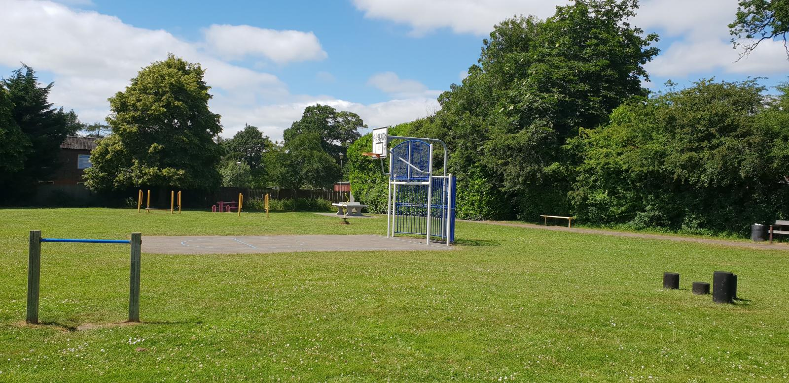 Woodcote Folly Field Play Area