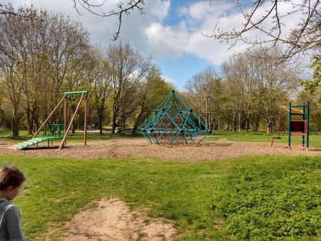 Newbold Comyn Playground